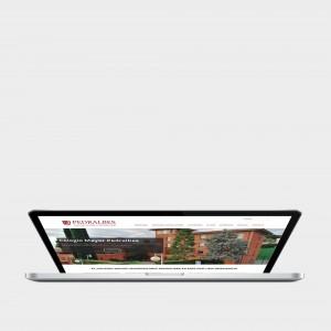 nueva web del colegio mayor Pedralbes Barcelona
