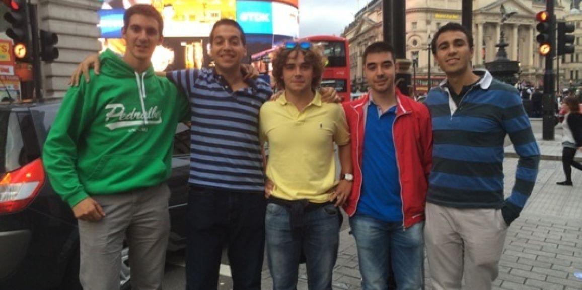CONVIVENCIA DE VETERANOS EN LONDRES